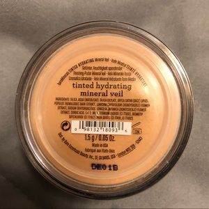 Tinted Hydrating Mineral Veil by bareMinerals